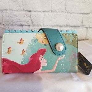 Loungefly Little Mermaid Ocean Pearl Clasp Wallet